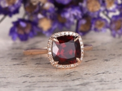 DUPUY Natural VVS 8mm cushion cut Red Garnet Engagement Ring