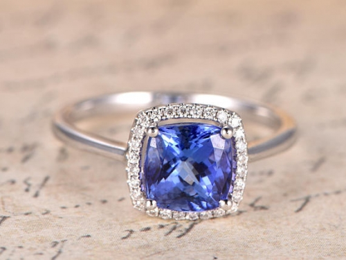 DUPUY Natural 7.5mm cushion cut Tanzanite Engagement Ring