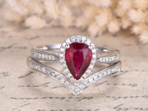 DUPUY VS Red Ruby Engagement Ring Set   Curved V Band