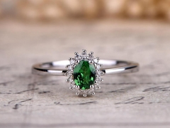 DUPUY Natural Oval Cut Tsavorite green Garnet Ring