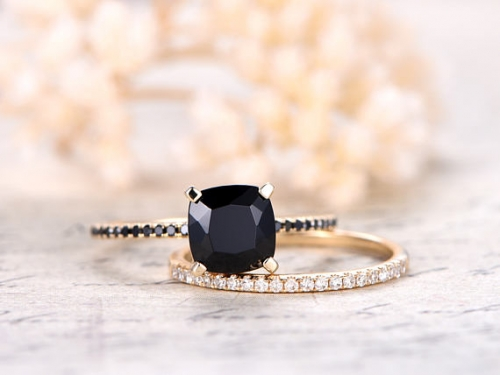 DUPUY 7mm Cushion Cut Black Spinel Ring Set