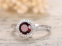 DUPUY VS 6mm Round  Natural Garnet Engagement Ring