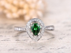 DUPUY 4*6mm Tear Shape Tsavorite green Garnet Ring