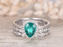DUPUY  White Gold 3pcs 6x8mm Pear Cut Emerald Engagement Ring set