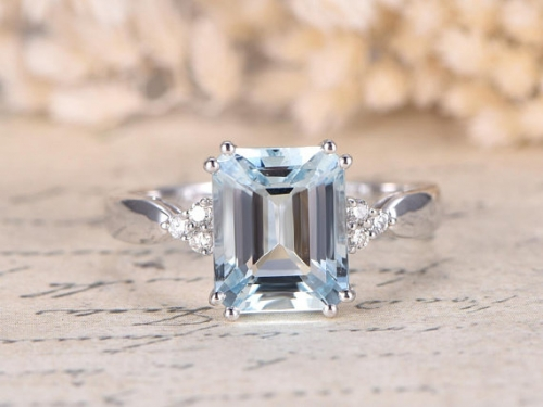 DUPUY VS 8x10mm Emerald Cut Aquamarine Bridal Ring