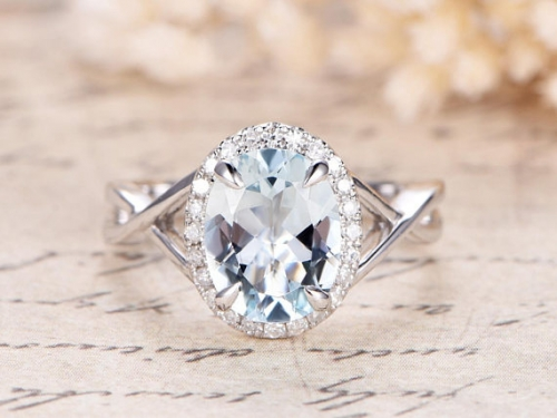 DUPUY 7x9mm Oval Aquamarine Engagement Ring Split Band